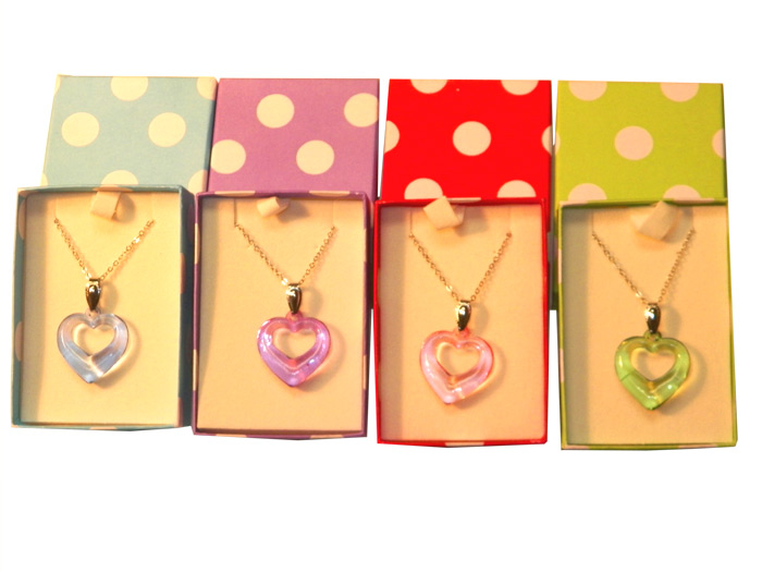 Heart Necklace in Polka Dot Box - Jewelry Gifts - Holiday Gifts Mart