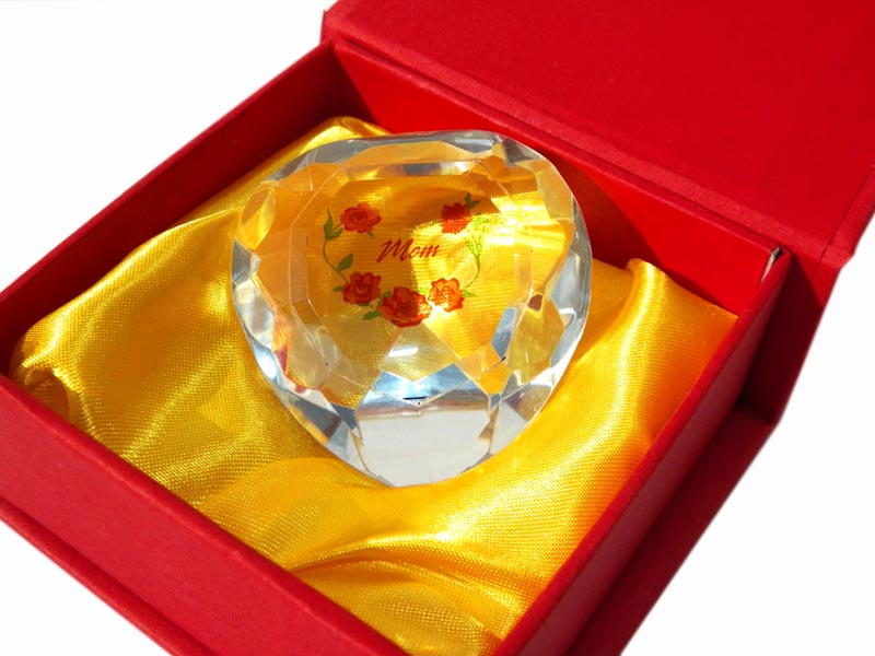 Mom Heart Crystal in Red Box - Mom Gifts - Holiday Gifts Mart
