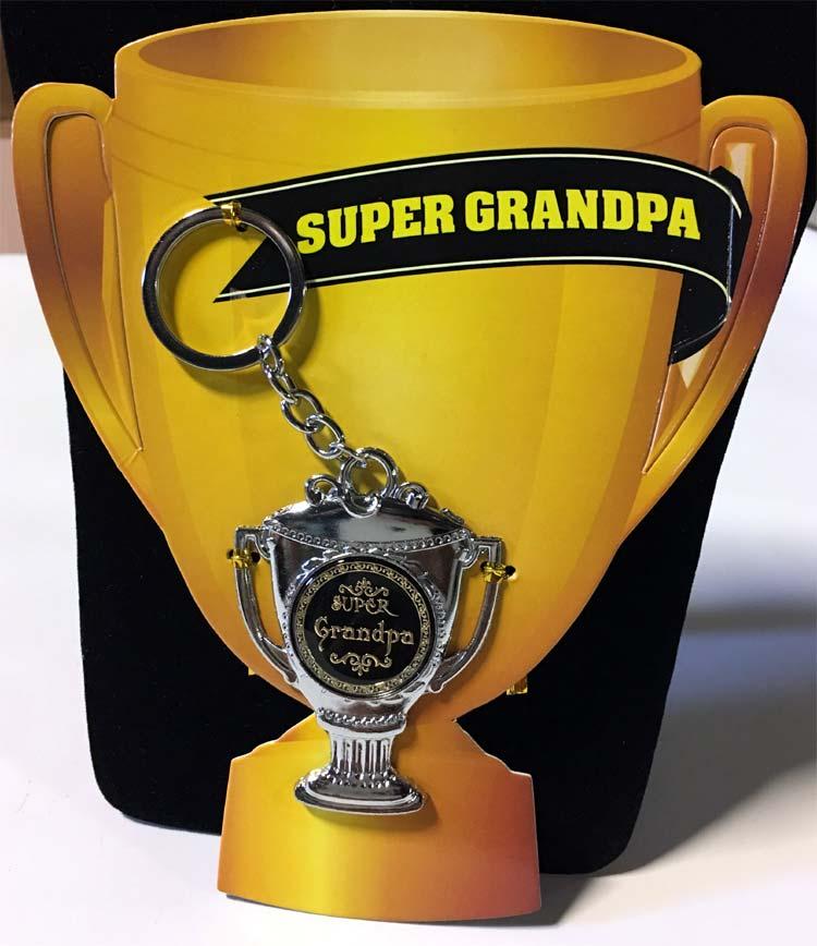 Super Grandpa Award Key Chain - Grandpa Gifts - Holiday Gifts Mart